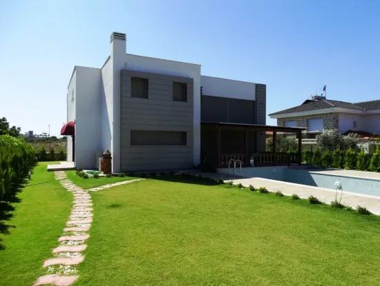 Lux Estate For Sale In Cesme