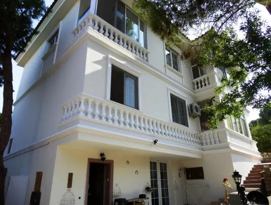 Sea View Building For Sale In Cesme