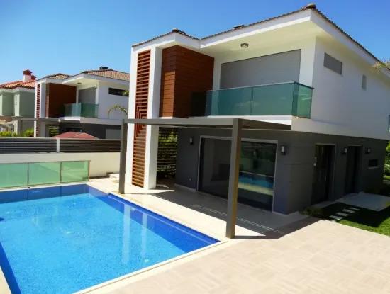 Alaçatı Hacımemiş'te Kısmi Takas Olabilecek Müstakil Villa