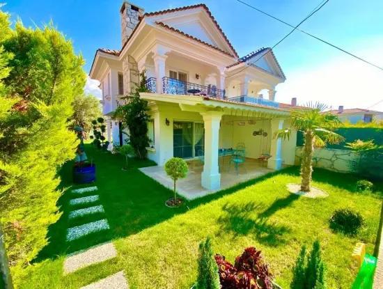 Alaçatı'da Satılık Villa
