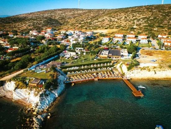 Çeşme'de Denize 300 M. Mesafede Satılık Müstakil Ev