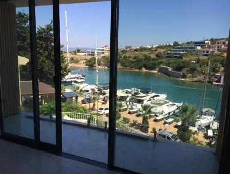 Dalyan Marina'Da Denize Sıfır Trıplex Villa